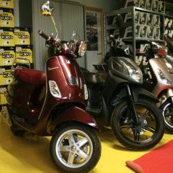 Nos scooters Vespa - Golden Bikes, votre spécialiste motos et scooters