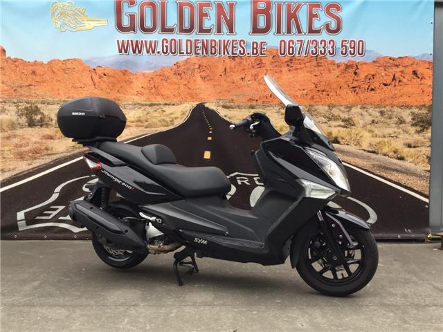 Sym joymax 300 en vente chez Golden Bikes