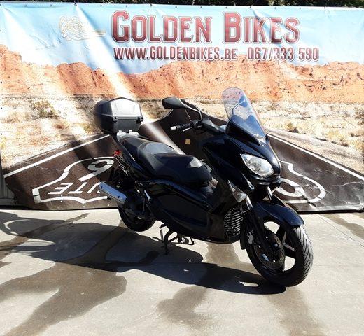 MBK Skycruiser en vente chez Golden Bikes